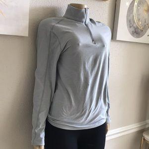 Lululemon athletica gray sport sweater Half Zip Size 8